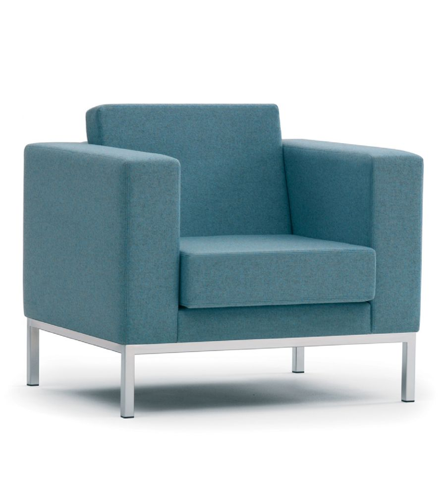 BT3 TUB VISITOR UPHOLSTERED CHAIR