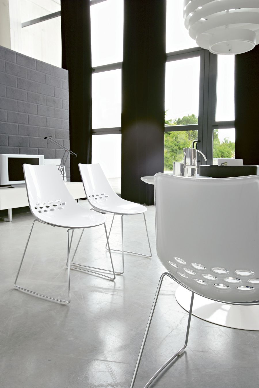 & JAM BY CALLIGARIS DINING CHAIR
